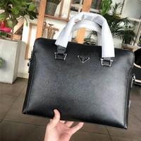deri evrak çantaları dizüstü bilgisayar messenger çantaları toptan satış-Yeni Sıcak Satış Marka Tasarımcısı Erkekler Omuz Evrak Siyah Deri Tasarımcı Çanta Iş Erkek Laptop Çantası Messenger Çanta