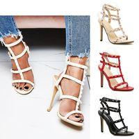 ingrosso tacchi beige t-Nuovo progettista T-strap tacchi alti scarpe da sera estate donna sanals moda rivetto tacco a spillo pompe 3 colori