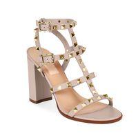 straps sandalen für frauen großhandel-Frauen lederne Bolzensandelholze T-Bügel Sandelholzsommer hohe Absätze nietet Schuhe reizvolle Parteischuhe der Damen 6.5cm 9.5cm 15color mit Kasten