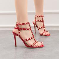 sapatos mulher noite venda por atacado-designer de moda de luxo mulheres vermelho sapatos de salto agulha sapatos baratos do casamento preto festa de casamento dança formal sexy sandálias noite