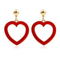 aretes de acrílico rojo al por mayor-Pendientes del corazón para las mujeres joyería de acrílico diseño de dibujos animados de verano punk color rojo cuelga los pendientes del amor del corazón declaración pendiente