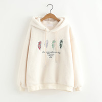 velo macio venda por atacado-Harajuku Mulheres Fluffy Fleece Hoodies Quente Camisola Engraçada Letras de Penas Bordado Hoodies Pullovers Outono Roupas Primavera