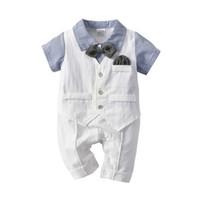 ingrosso maglia bambino bianco-2019 Baby Boy vestiti Outfit Pagliaccetti Tute a righe delicate con giubbotto bianco Farfallino 3 pezzi set Hotsale 0-24 mesi