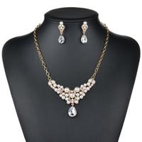 ingrosso insieme della collana della crema-Parure di gioielli in oro con collana e orecchini in cristallo color oro rosa e argento