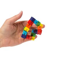 ingrosso novelli cervelloni-Changed Wood Bunch Magic Cube Release Pressione illimitata Fashion Novità Rompicapo Puzzle Cool Building Block in legno