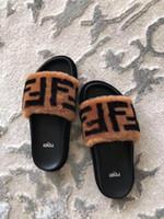 penas sapatos mulheres venda por atacado-2019 Doce doce cor do verão mulheres real natural pena peru pele fuzzy chinelos slides mulas mulheres dedo aberto plana sapatos 35-45