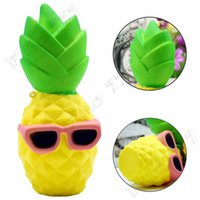 ingrosso kawaii frutta squishy-Kawaii Jumbo Squishy Toy Fruit Ananas Lento aumento allevia lo stress giocattolo per bambini Adulti ansia Attenzione