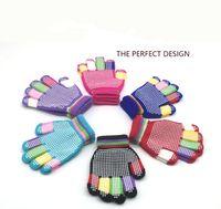 mädchen farbige slips großhandel-Kinder magische handschuhe mode kinder warme wnter strickhandschuhe junge mädchen farbige ski rutschfeste handschuh