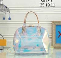 renkli kadın moda tek omuz çantası toptan satış-2019 kadın Moda Kadın çantaları V Çanta Tasarımcısı Şeffaf PVC Çanta Parlak Renk Çanta Tek Omuz Çantası BB Shell Çanta totes