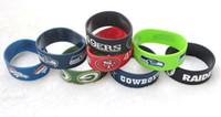 meninas, miúdos, futebol venda por atacado-Venda Por Atacado lote logotipo da equipe de futebol dos desenhos animados de borracha de silicone pulseira pulseira para crianças / meninas presente