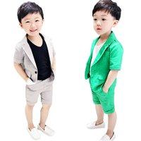 erkek çocuklar için balo kıyafeti toptan satış-Erkek Resmi Takım Elbise Yaz 2 adet Kısa Kollu Blazer + Şort Çocuk Çocuk Düğün Giyim Setleri Balo Performans Kostümleri