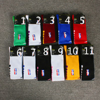 Wholesale knee compression sock resale online - Professional Elite Basketball Socks Long Knee Athletic Sport Socks Men Fashion Compression Thermal profession Winter Socks