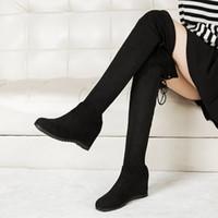 kadınlar için düşük çizme kamaları toptan satış-Kadınlar Uzun Tüp Çizmeler Düşük Topuk Takozlar Diz Üzerinde 2019 Kış parti Boot Şık Elastik Bant Sıkı Çorap Botas Kar Ayakkabıları Sıcak