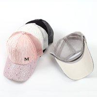 kız şapkalı moda toptan satış-M Mektup Kap Yaz Örgü Beyzbol Kapaklar Kız Kırışıklık Snapbacks Moda Hip Hop Kap Şapka Çiftler Düz Şapkalar Topu Caps GGA2015
