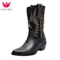 mujer vaquera al por mayor-Western Boots Mujer Otoño Invierno Slip on Botas de color sólido Pointy Toe Cowboy Cowgirl Motocicleta para mujer