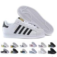 sapatos super quentes venda por atacado-Sapatos de Superstar dos homens Quentes e das Mulheres de Moda Casual Sapatos de Caminhada das Mulheres Flats 15 Cor Tamanho 36-44 Nova Cor