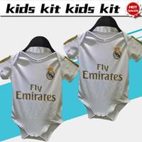 calças de futebol branco rosa venda por atacado-2019 conjunto de bebé Casa do Real Madrid # 7 PERIGO # 9 Benzema # 11 Bale camisas de futebol de futebol camisas 19/20 infantis personalizados uniformes de futebol