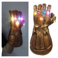 brinquedos luz led para o dia das bruxas venda por atacado-Luz LED Thanos Infinito Gauntlet 4 Endgame Cosplay Máscara Luvas Modelo de Figura de Ação PVC Brinquedos de Presente de Halloween Adereços