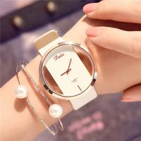 quarz analog uhren korea großhandel-Top Marke Weibliche Neue Uhr Schwarz Leder Luxus Student Uhren Version Einfache Freizeit European American Korea Große Zifferblatt Quarz Armbanduhr