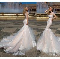 conception de robe de nu nu achat en gros de-Nouvelle dernière conception robes de mariée sirène appliques col bijou robes de mariée avec balayage train cap manches Illusion robe de mariée sur mesure