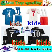 ingrosso nuovi kit da calcio per bambini-2019 2020 maglia Juventus kids jersey da calcio per bambini kit 19 20 Ronaldo DYBALA MARCHISIO DE LIGT juventus calcio maglie per bambini calcio kit