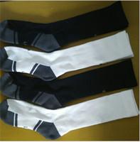 kadın için havlu çorapları toptan satış-Erkek Kadın Çocuk UA Uzun Çorap Marka Havlu Vida Çorap Spor Çorap Erkek Diz Yüksek Amigo Basketbol Futbol Kaykay Çorap C62903