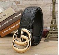 diseños de los pantalones de las mujeres al por mayor-Cinturón con diseño clásico y famoso cinturón en relieve de cuero suave para hombres y mujeres, cintura alta