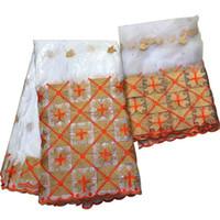 подкладка полиэфирная тафта оптовых-Таинственный дизайн оранжевого и золотого узора 5 ярдов атласной ткани и 2 ярда чистого кружева