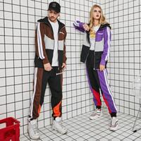 conjuntos de ropa par al por mayor-Palm Angels Chándales de diseñador para hombre Moda para mujer Cremallera Fly 2PCS Conjuntos Estilos deportivos Pareja Ropa a juego