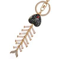 aceite de pescado de calidad al por mayor-Llavero de aleación de goteo de alta calidad Chaveiro Drop Oil Cute Fish Bone Rhinestone Crystal Beads KeyChain Stainless Key Ring