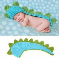 strickt für babyfotografie großhandel-Fashion Photography liefert die Dinosaurierbabyhüte rein manuell stricken Modellierung der Dinosaurierhüte Strickmützen MMA2346