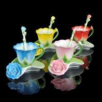 tazas de esmalte de ceramica al por mayor-3D taza de café de esmalte de rosa té conjunto de taza de leche con cuchara y platillo creativo de cerámica de hueso de porcelana china Drinkware matrimonio regalo lin5076