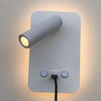 wandschalter usb großhandel-Topoch Innenwandleuchten mit USB-Ladegerät 5V 2A Hintergrundbeleuchtung 6W und Leselampe 3W doppelt geschaltet schwarz / weiß Rand Wandleuchte