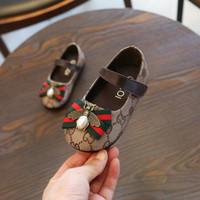 sapatas novas dos meninos do estilo venda por atacado-Em estoque primavera e verão novo designer de moda infantil calçados infantis estilo casual shoes meninas e menino GG flat casual shoes coco
