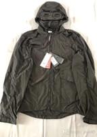 óculos empresas venda por atacado-Dois copos de Nylon de Metal CP EMPRESA jaqueta casual homens blusão ao ar livre hoodies Designer de Luxo Blinkers Jacket tamanho M-XXL