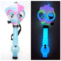 tubo de tubo de acrílico al por mayor-Gas Mask Bong Both Glow in the Dark Water Shisha Acrylic Smoking Pipe Sillicone Mask Hookah Tobacco Tubes Free Shipping Wholesale