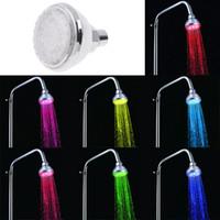 ducha cambia el color del agua al por mayor-New Romantic ajustable automático 360 degre resplandor de accionamiento hidráulico Las precipitaciones cambio de 7 colores flash LED de luz de arriba cabezas de ducha