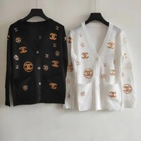 camisola de lantejoulas femininas venda por atacado-Milan Runway Sweater 2019 O Pescoço Manga Longa Lantejoulas High End Carta Jacquard Cardigan Mulheres Camisola Designer 051503