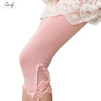 üçgen tozluklar toptan satış-Dantel Tayt Hollow Out Tasarım Kadınlar Yaz Casual Orta Buzağı Pantolon Üçgen% 100 Pamuk Modal Stretch Legging
