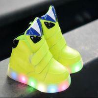 botas led unisex al por mayor-2018 alta calidad LED iluminado HookLoop unisex niñas niños zapatillas de deporte transpirable Sólido niños zapatos casuales lindo fresco niños botas
