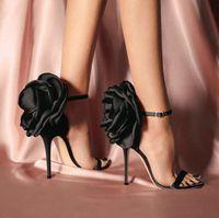 boca de pescado zapatos de flores al por mayor-Venta caliente de las mujeres de satén de cuero genuino zapatos de vestir hebilla flores boca de pescado sandalia etapa mostrar zapatos de tacones altos partido de las mujeres sandalias