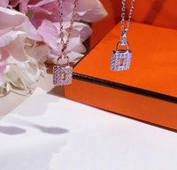 pingente de diamante 925 venda por atacado-Colar de luxo colar de fecho de diamantes micro-incrustado S 925 cadeia clavícula pingente de colar de pingente de colar de prata das mulheres selvagens