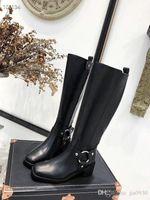 schwarze lackleder-schneeschuhe groihandel-Fashion Stiefel Damen-Designer-Schuhe Damen aus schwarzem Kalbsleder Ankle Boot aus Leder Schnürer Patent Martin Ankle Booties Cowboy-Schnee-Aufladungen gdl190903
