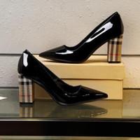 siyah kalın topuklu toptan satış-Yeni 2019 kadın tasarımcı marka yüksek topuklu, siyah rugan ekose ile 9.5 cm kalın topuklu pompalar elbise ayakkabı artı boyutu 35-40 ücretsiz kargo