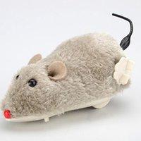 ingrosso animali ratti-Prank Toy Wind Up Giocattoli regalo dei capretti movimento a orologeria divertente corsa del mouse del ratto Sposta coda del gatto di peluche Giocattoli animali Kitten