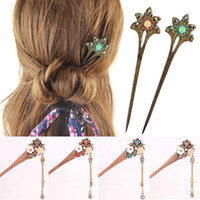 Wholesale chinese wooden carvings resale online - Hand carved Rhinestone Flower Wooden Hair Stick Bob Handmade Vintage Women Hairwear Jewelry Chinese Hair Stick Hairpins Gift