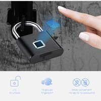 fob elektronik anahtarı toptan satış-Altın Güvenlik Anahtarsız USB Şarj edilebilir Kapı Kilidi Parmak İzi Akıllı Asma Kilit Hızlı kilidini Çinko alaşım metal Öz Gelişmekte Çip