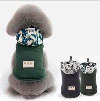 ropa de camuflaje gratis al por mayor-Nueva ropa para mascotas YP sombrero de camuflaje acolchado ropa de dos patas acolchadas de algodón libre de carga