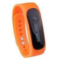 браслет bluetooth часы для iphone оптовых-E02 Умный Браслет Водонепроницаемый Мода Bluetooth Смарт-Трекер Деятельности Браслет Band Call SMS Напомнить Спортивные Часы Connecte Для Iphone Android