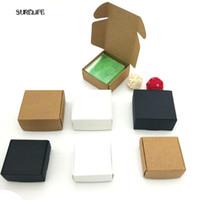 papel de regalo festivo al por mayor-Mini caja de cartón 100pc DIY Caja de papel Kraft Jabón Regalo de embalaje de joyería